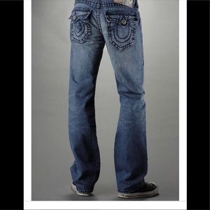 True Religion straight leg Distress Torn Jeans S38
